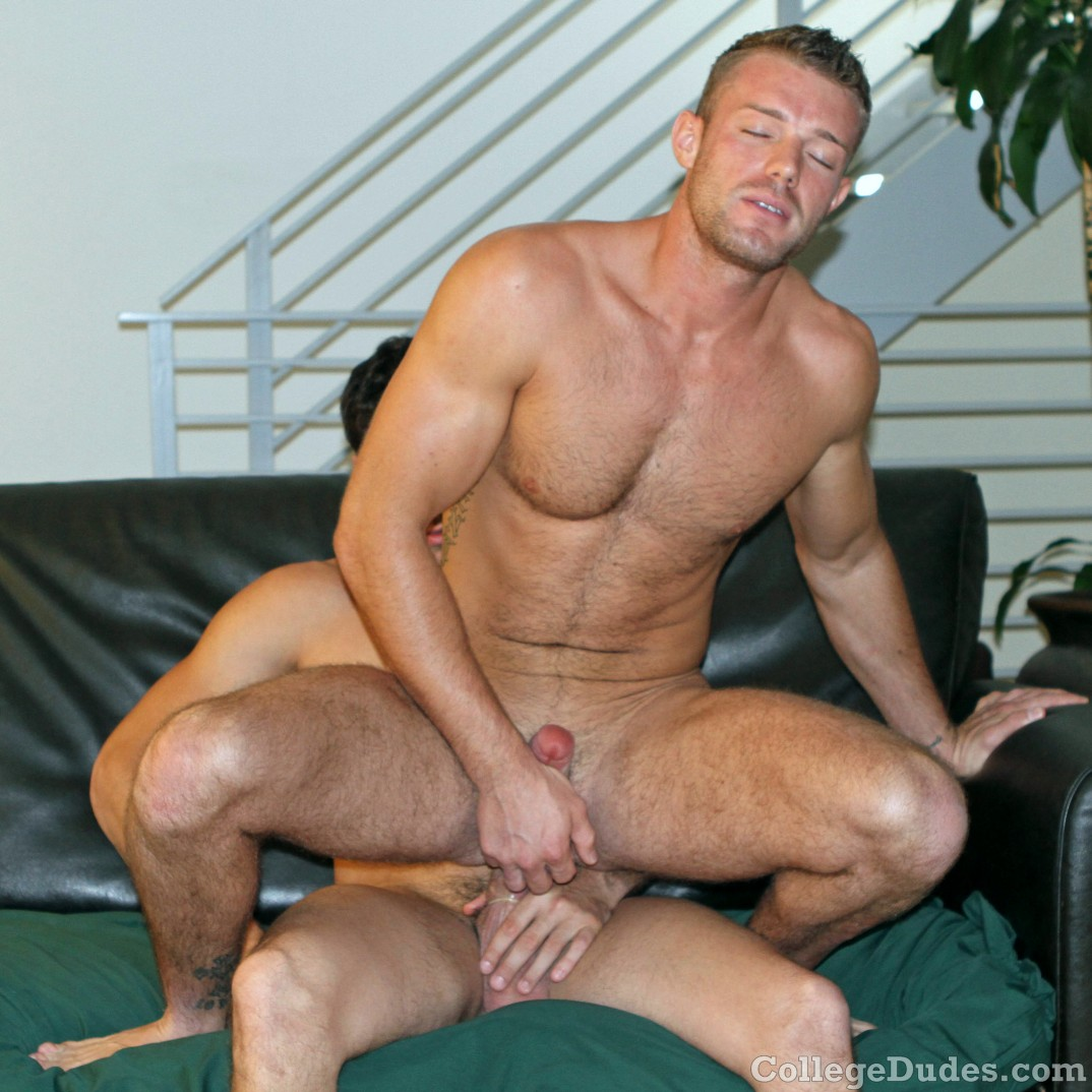 Photo sex twink shoots gay and breaking in 3